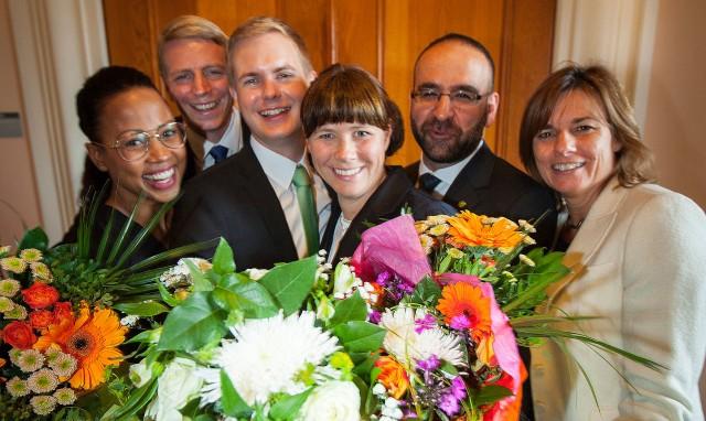 miljopartietsministrarlagbild_blommor_beskuren_skarpare